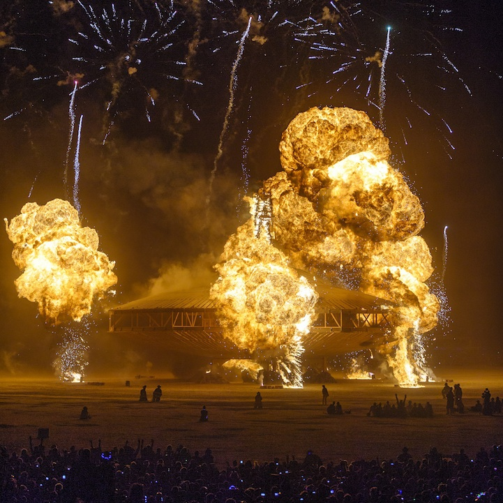 Explosive Photos of the Burning Man Spaceship in Flames art, burning-man, spaceship