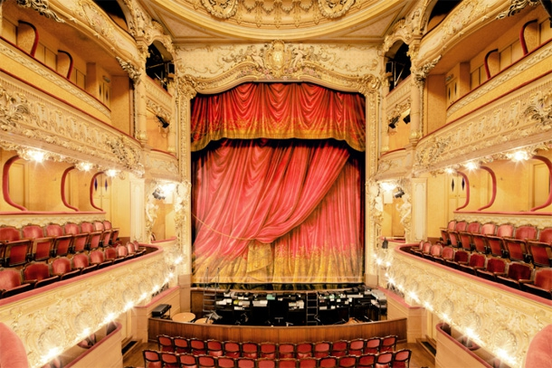 Step Inside The Grandiose & Extravagant Theatres Of Paris