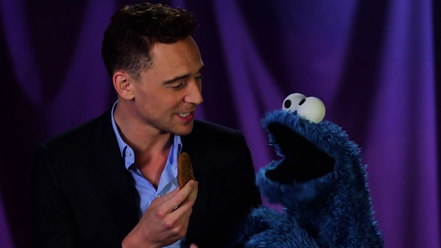 Tom Hiddleston Teaches Cookie Monster a Lesson  artistic, awesome, clever, cool, crazy, funny, random, rocks, silly, sweet