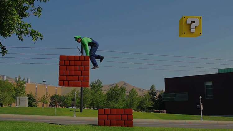SUPER MARIO BROS. Real Life Parkour Awesomeness!