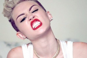 Miley Cyrus 'Wrecking Ball' Video is kind of a Wreck.  artistic, funny-crazy-wtf-people, interesting, music, random, silly, weird