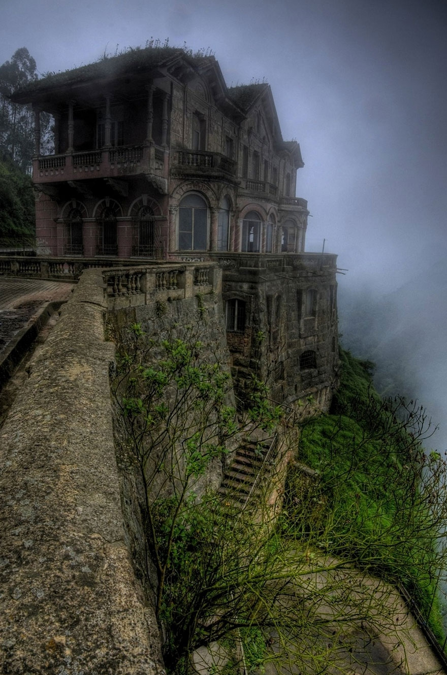 18. Salto Hotel, Colombia abandoned-buildings, abandoned-cities, abandoned-places, abandoned-structures, creepy, full-page, ghost-towns, haunted, urban-exploration, urban-photography
