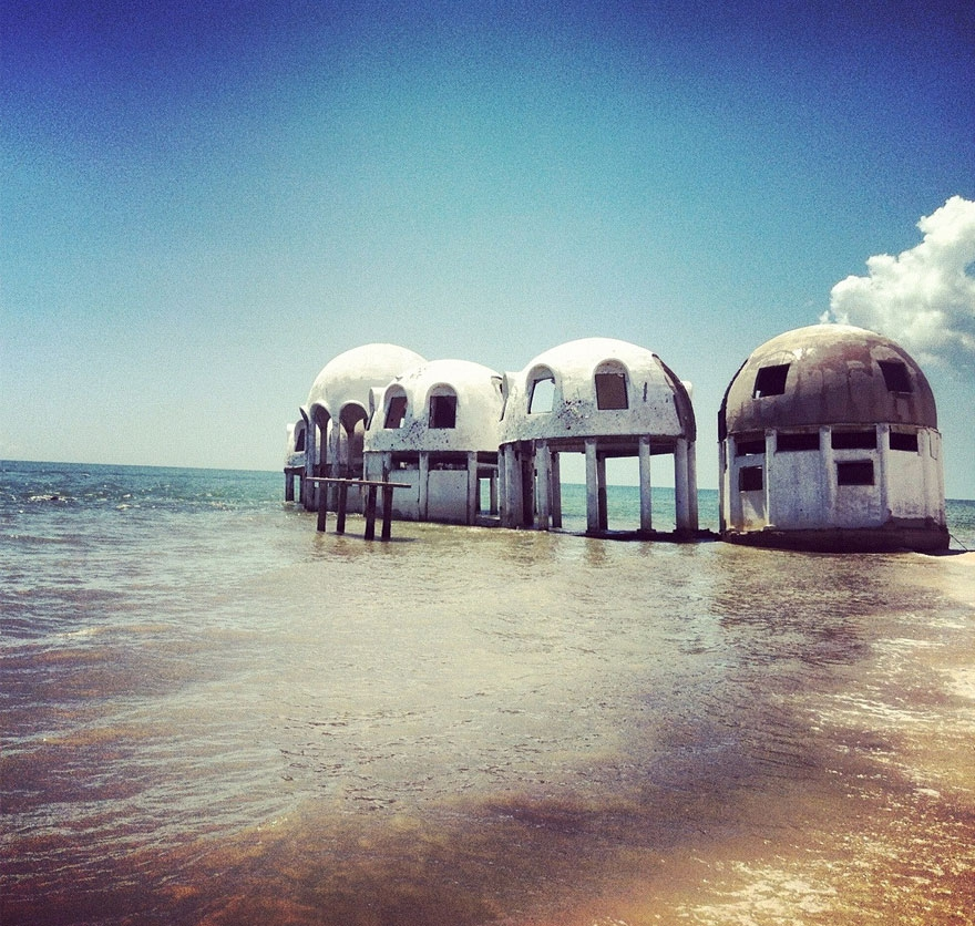 9. Uninhabited Island in Southwest Florida, U.S.A. abandoned-buildings, abandoned-cities, abandoned-places, abandoned-structures, creepy, full-page, ghost-towns, haunted, urban-exploration, urban-photography