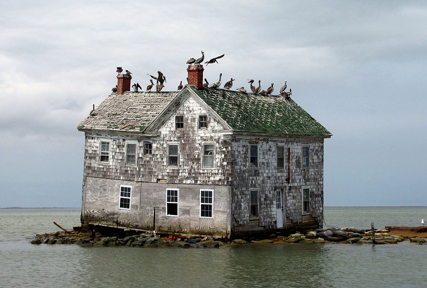 5. Last House on Holland Island, U.S.A abandoned-buildings, abandoned-cities, abandoned-places, abandoned-structures, creepy, full-page, ghost-towns, haunted, urban-exploration, urban-photography