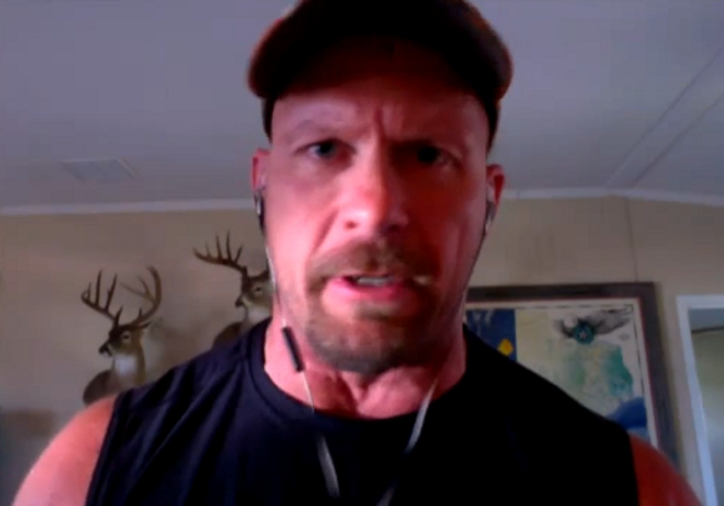 Stone Cold Steve Austin Thinks The UFC Should Hire Jim Ross