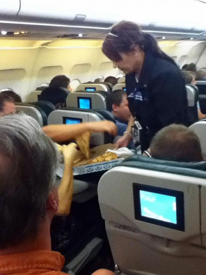 Pilot buys pizza for stranded passengers passengers, pilot, pizza