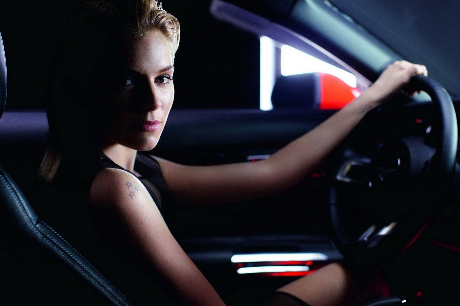 Картинки гейтс, картинки девушка на машине за рулем