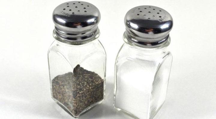 10. Соль и перец передавайте только вместе ошибка, ресторан люди